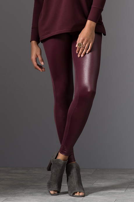 Nina legging wine front closeup3