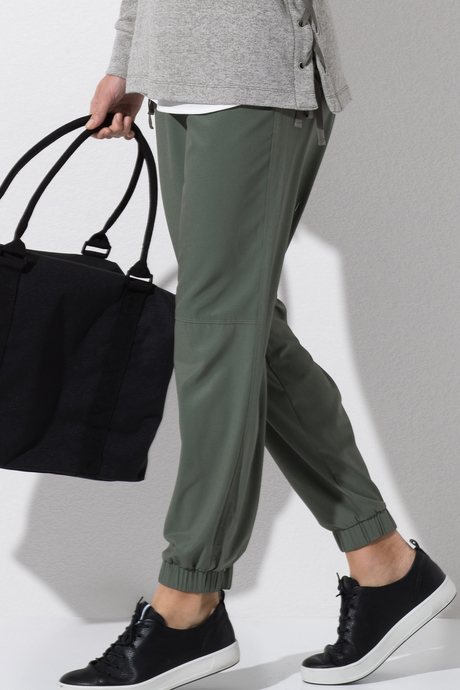 Piazza jogger olive4