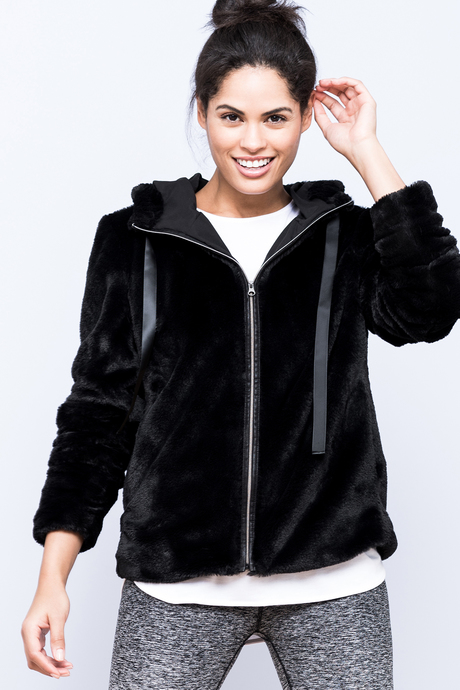 Polar hoodie black front2