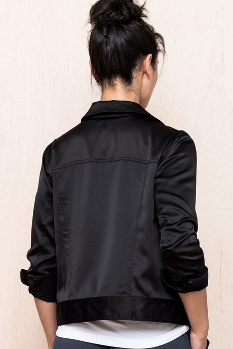 Alva jacket black back