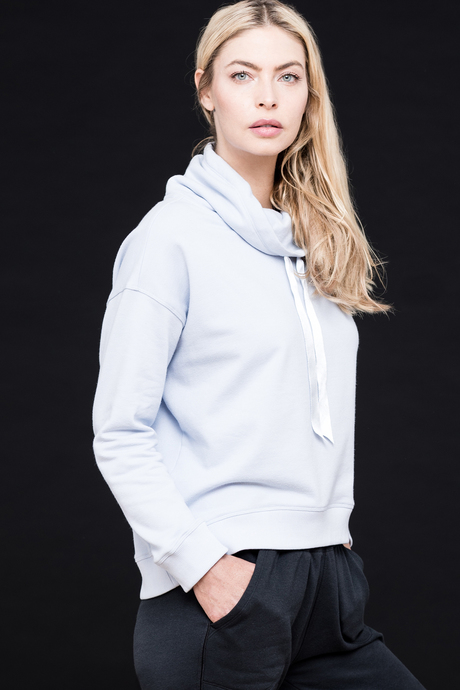 Sofia sweatshirt caspian blue side