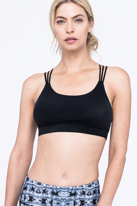 Vista yoga bra black front