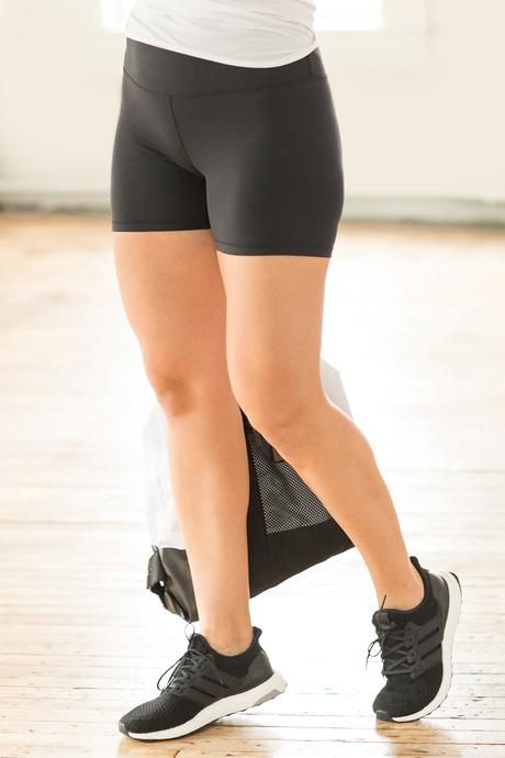 Barre workout short side