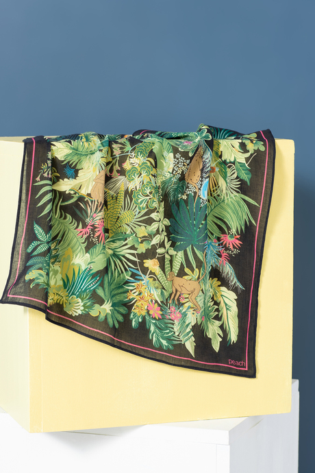 Sp19 ecommimages tropicalescapescarf laydown