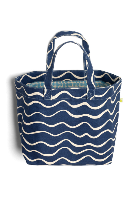 Shorelinetote bluewave pinup open