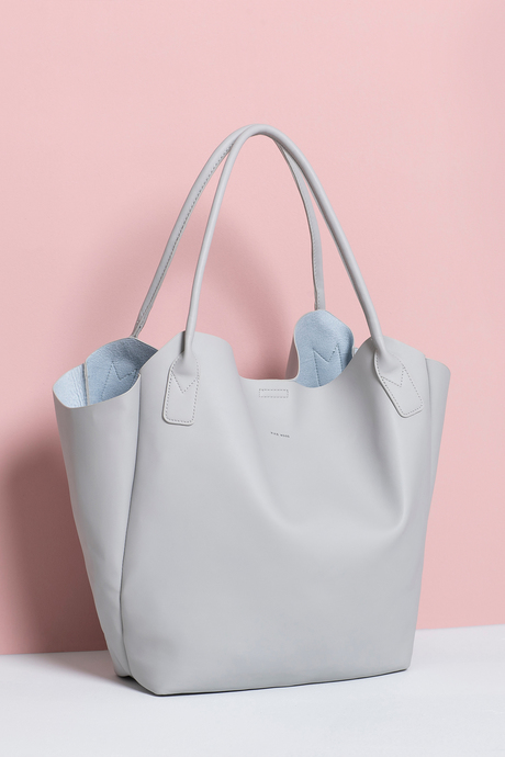 Wi19 ecommimages tote 1