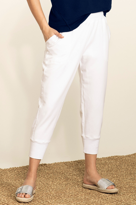 Su19 ecommimages reyacroppedjogger white front