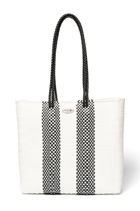 Bw tote front