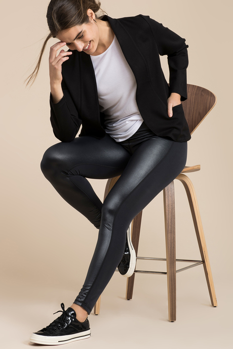 Nina leggings black side
