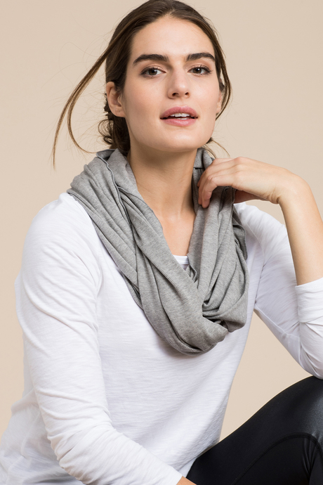 Sp19 ecommimages infinityscarf