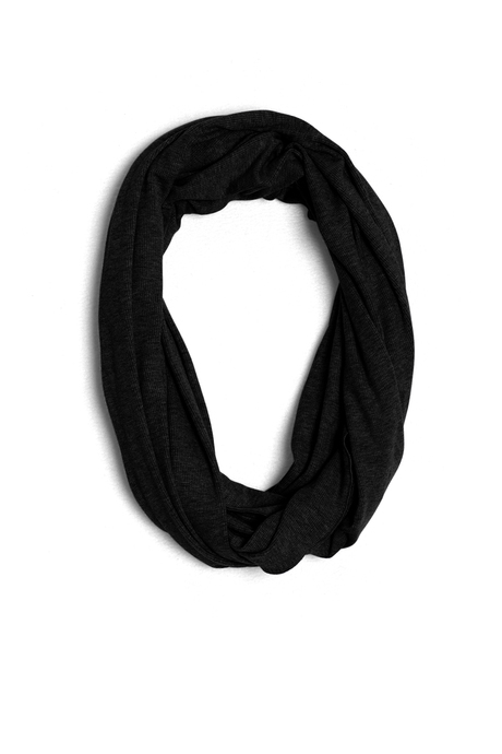 Infinity scarf black pinup