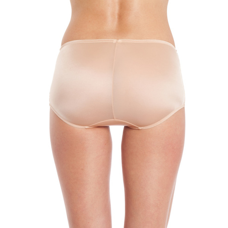 P032 captivating girl short natural bottom peach back cropped 600x600