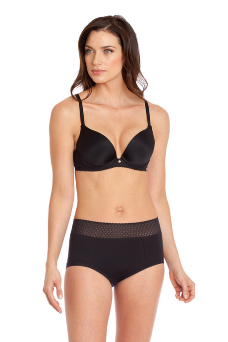 Blk simply soft modern brief front cropped 600x900