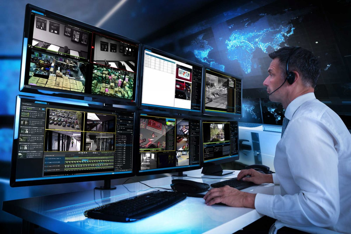 pelco video xpert shot with 6 monitors and security monitoring
