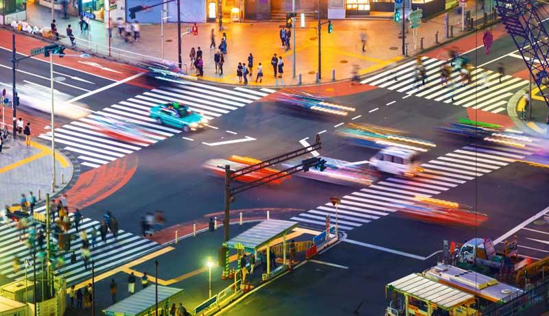 street traffic city life pelco videoxpert plates