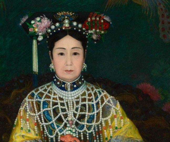 2018 exhibitions examine women and power