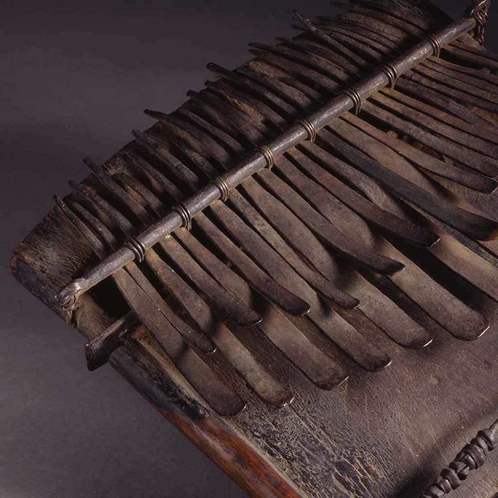 Finger piano, 19th century