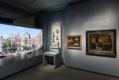 Videos of Amsterdam invite visitors to immerse themselves within Asia in Amsterdam: The Culture of Luxury in the Golden Age.