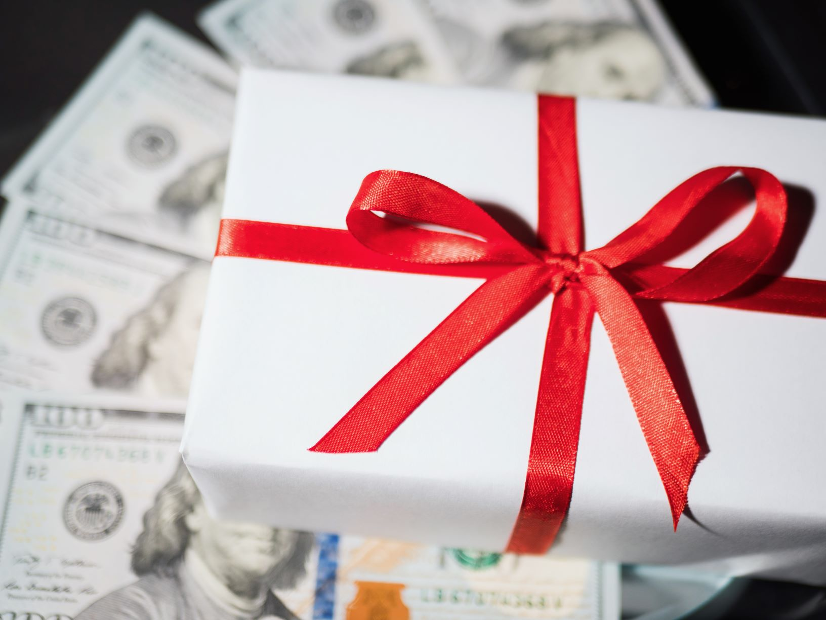 - Earn Easy Cash Online For Your Holiday Shopping