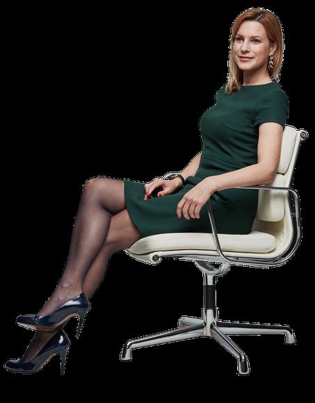 Nadja Essmann Sitting