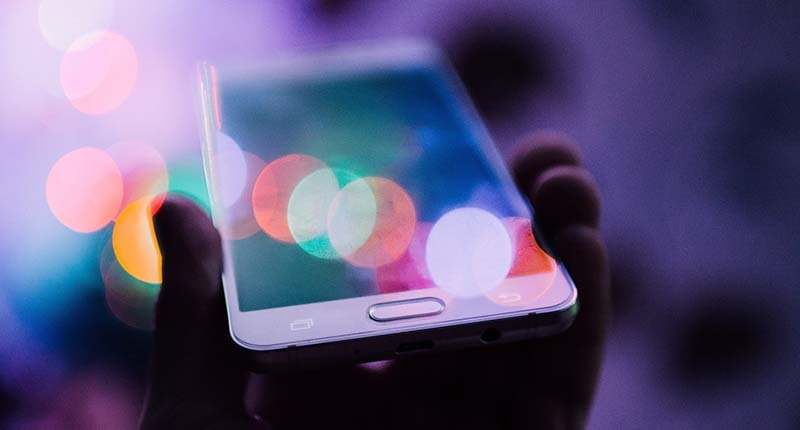 Smart phone social media 2.jpg