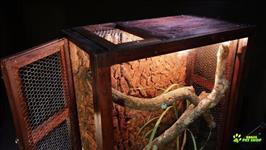 Terrário Rústico E Clássico Para Iguanas, Cobras E Répteis