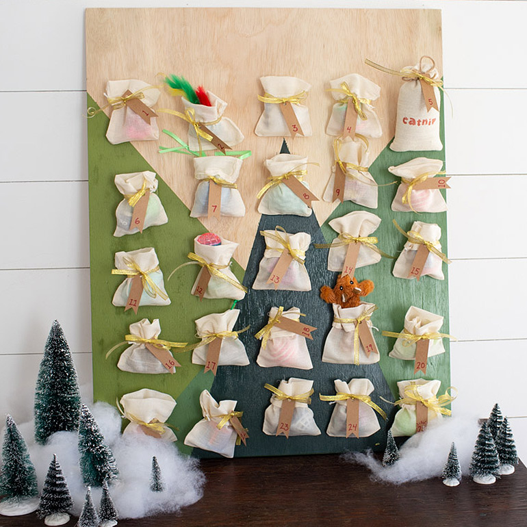 Count Down to Christmas With This DIY Cat Advent Calendar