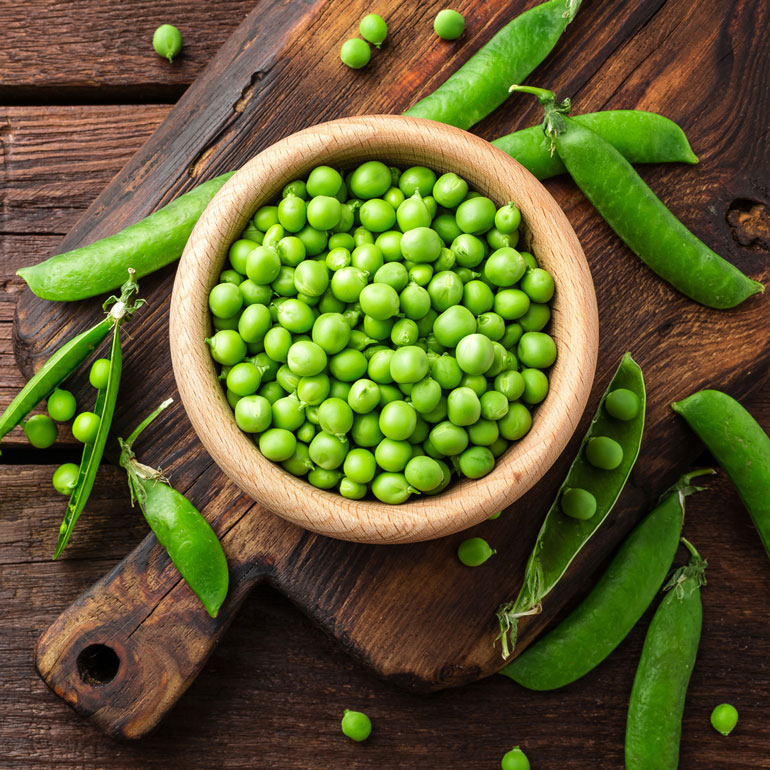 human foods for cats - peas