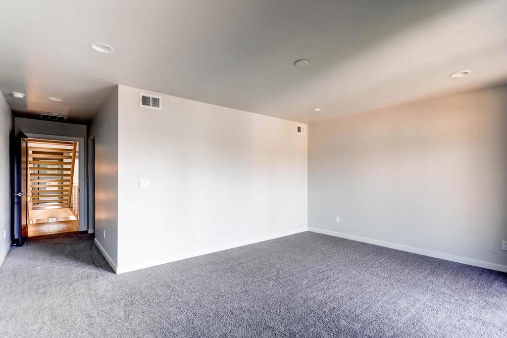 3116 w 27th ave denver co large 015 12 2nd floor master bedroom 1500x1000 72dpi