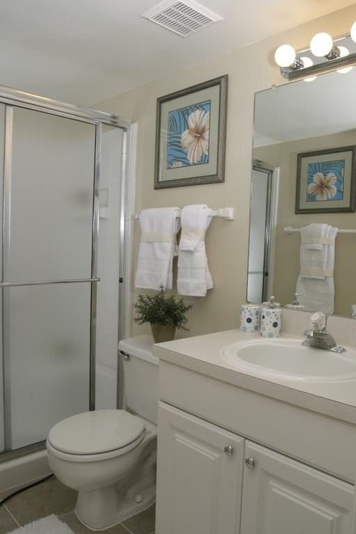 Bathroom 0228 001