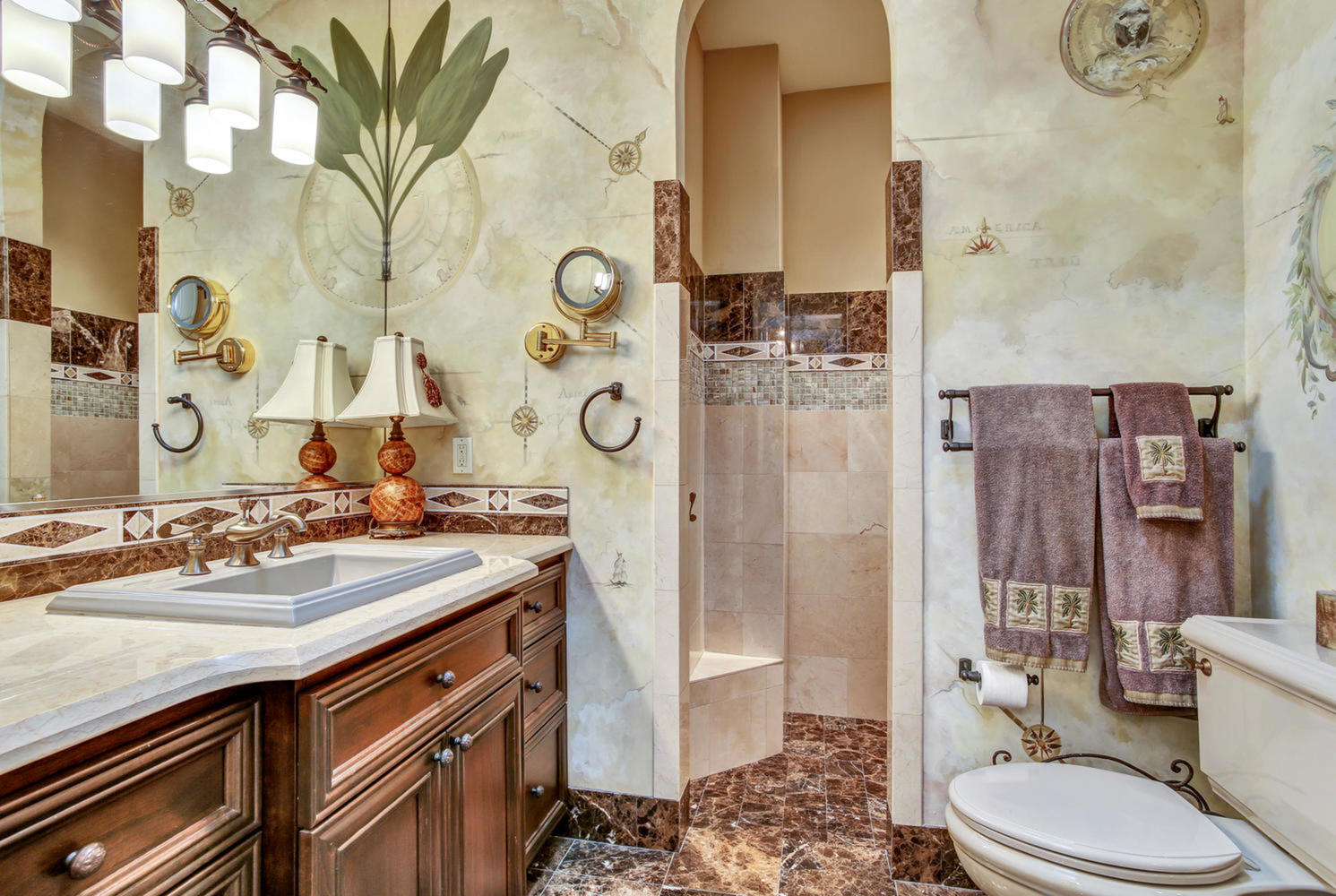 2639 n dundee st tampa fl large 033 65 his master bathroom 1491x1000 72dpi