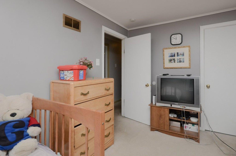 23. bedroom1 3