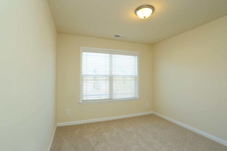 31bedroom2
