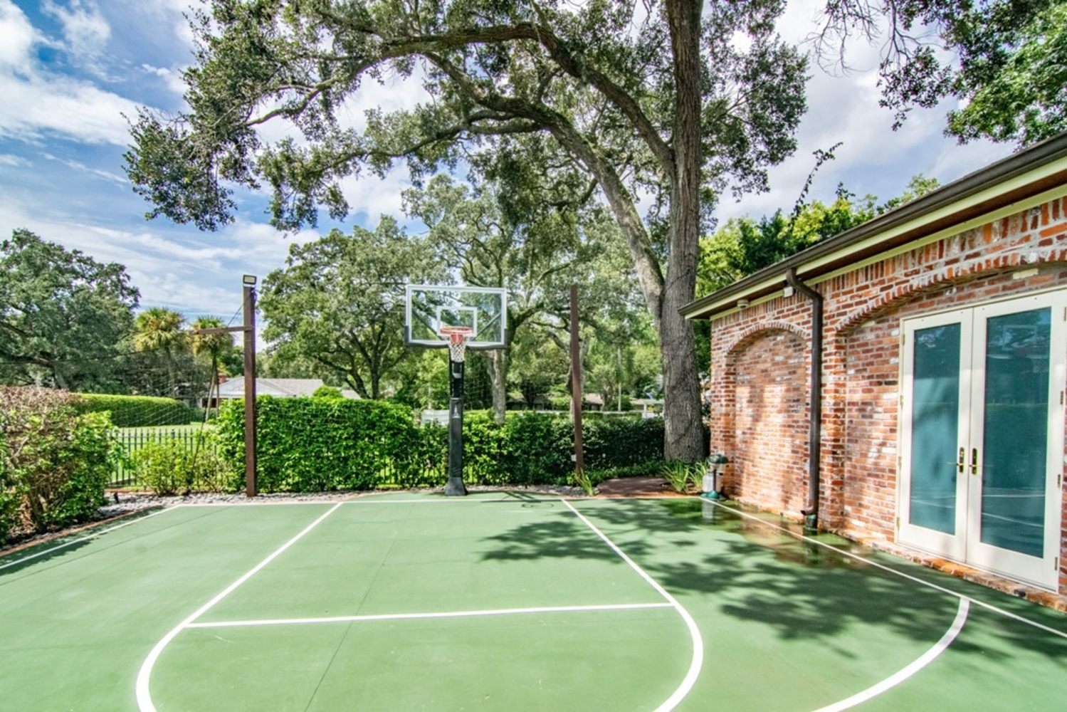 135 basketball court