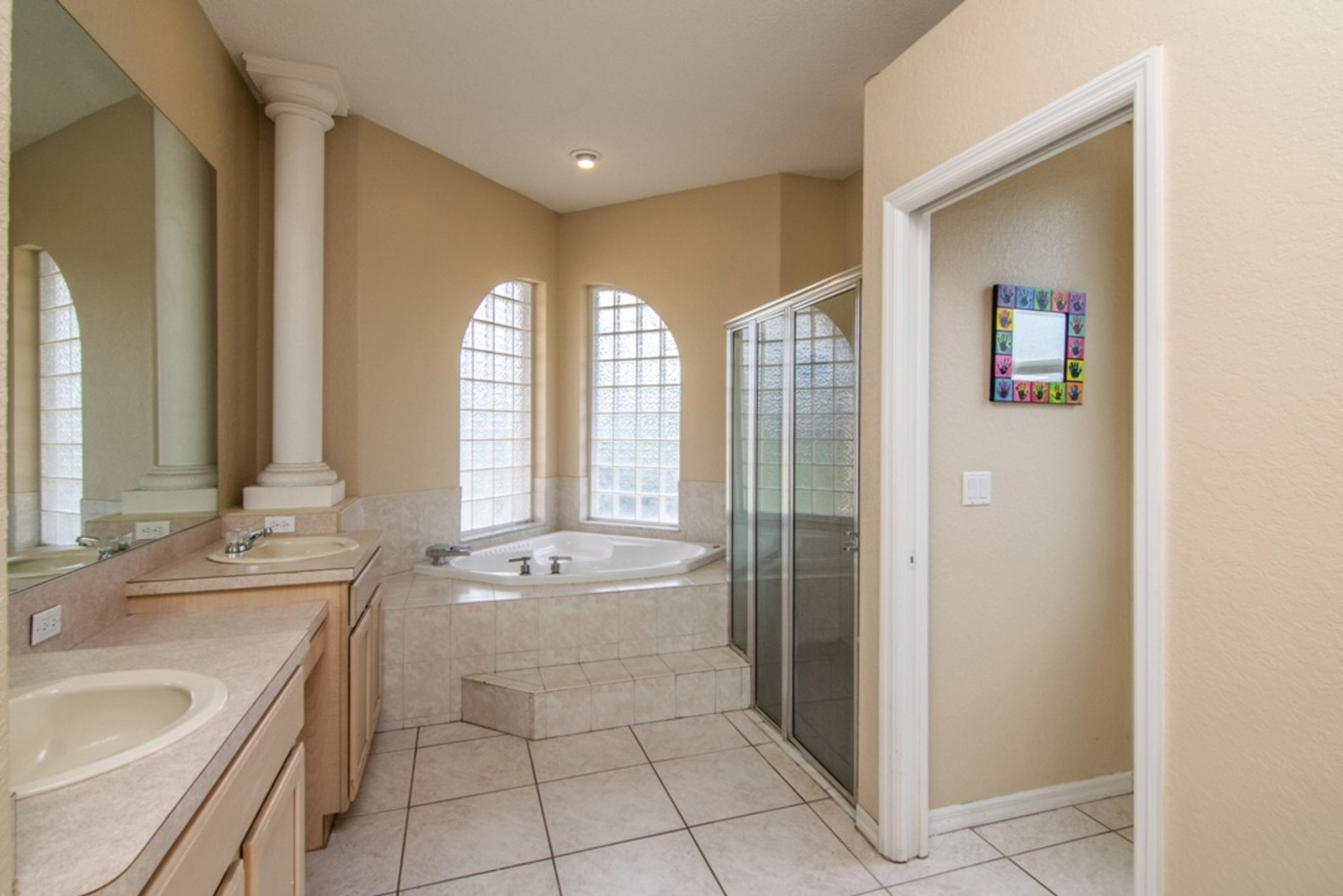 28 master bathroom