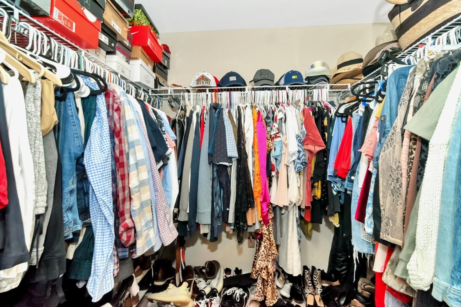 23 closet
