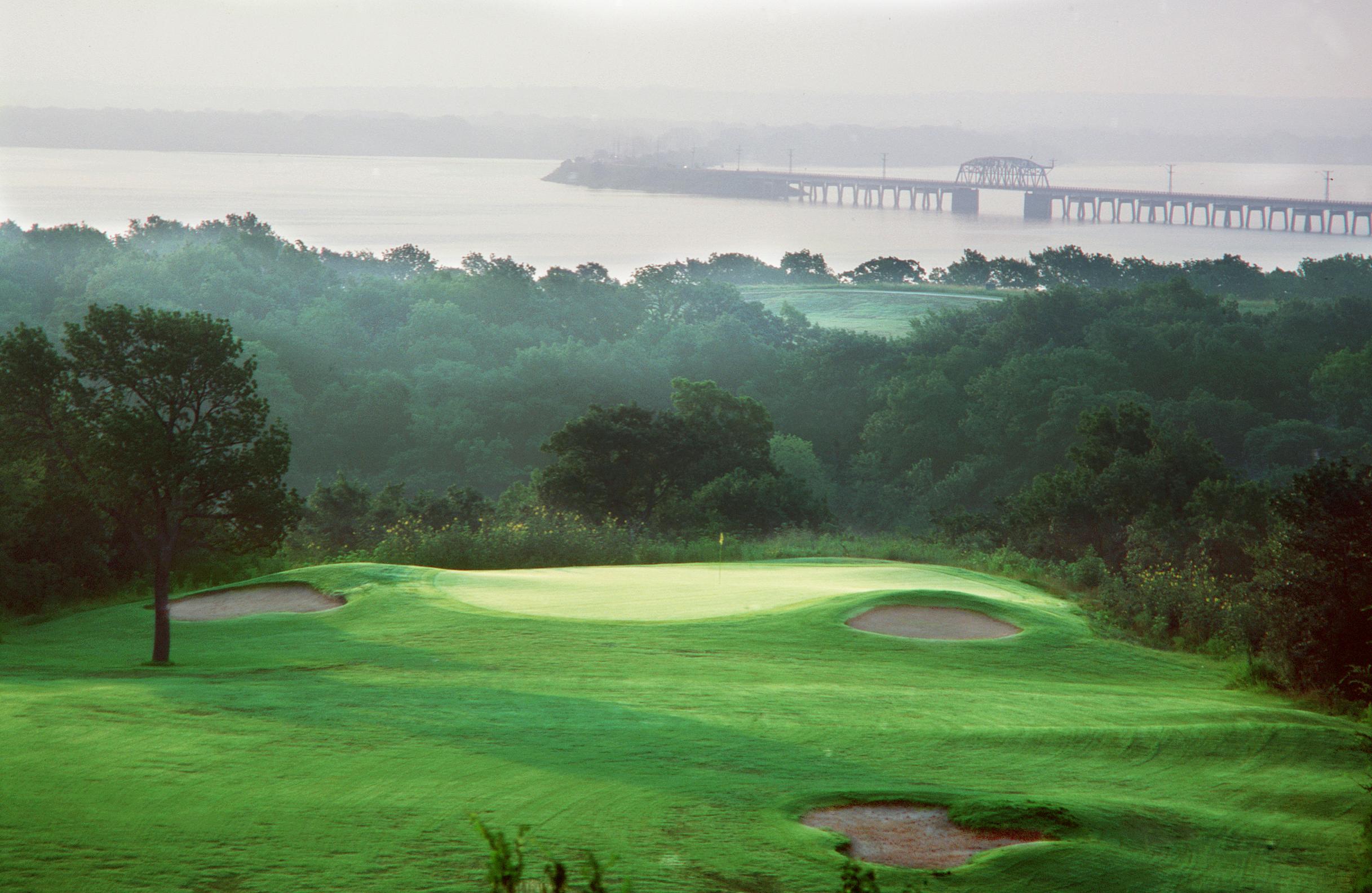 Chickasaw Pointe Golf Club At Pointe Vista