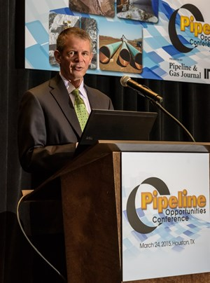 Don Santa Speaks at the Pipeline Opportunities Conference in Houston (P&GJ photo)
