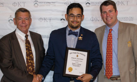 Bobrow Receives Clinton D. Boyd Vice President of Alumni Relations Award