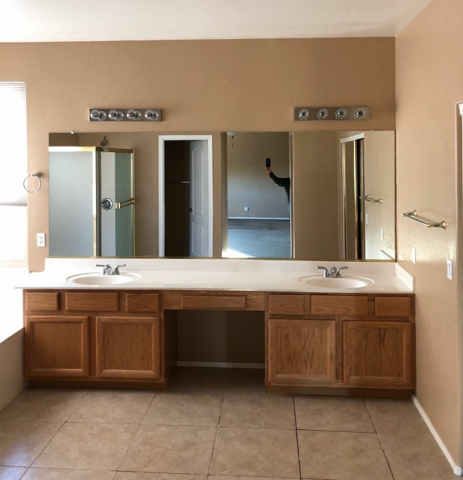Phoenix Home Remodeling - Bathroom & Kitchen Remodels Gilbert image