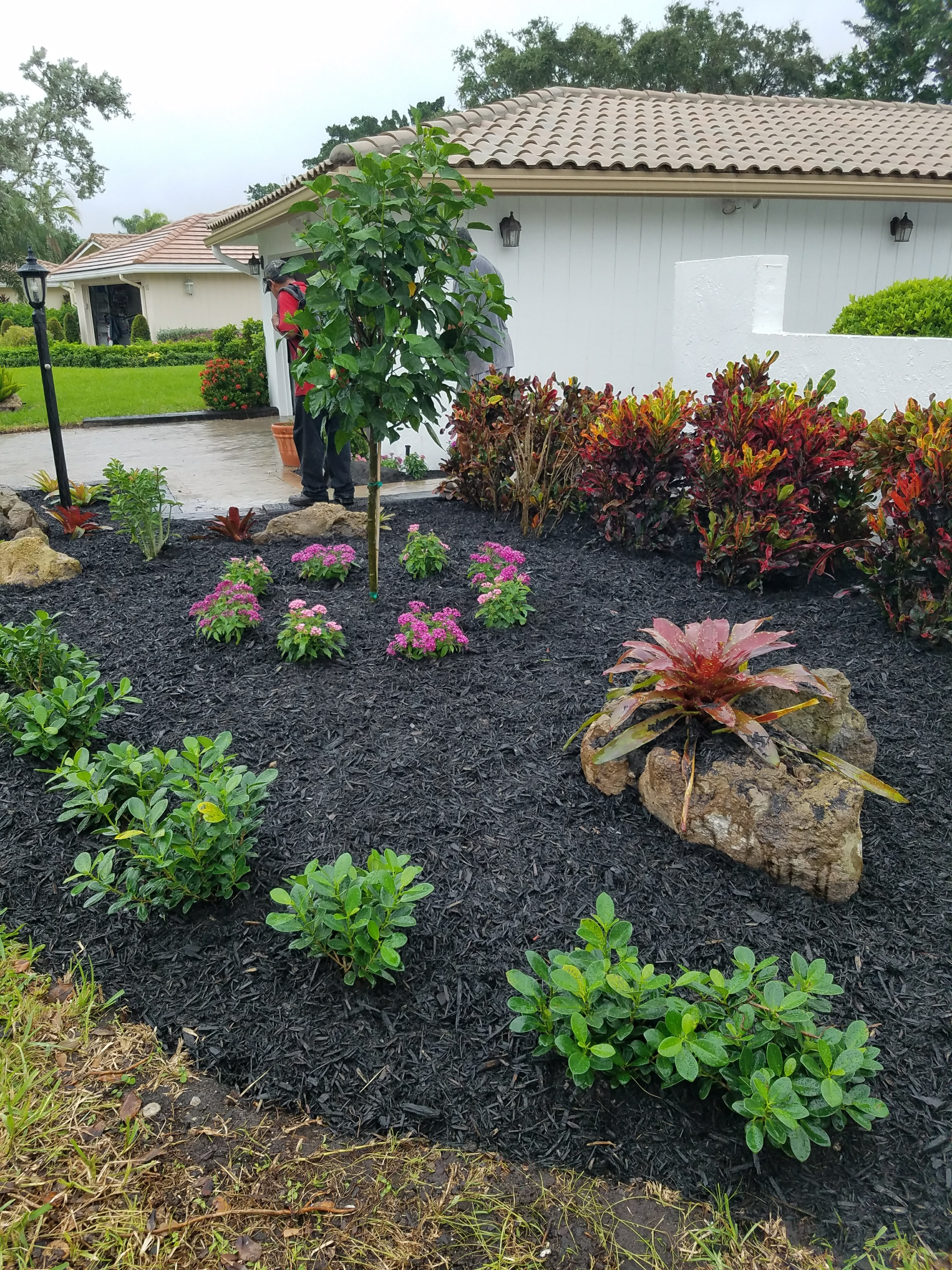 M&J Royal Landscaping image