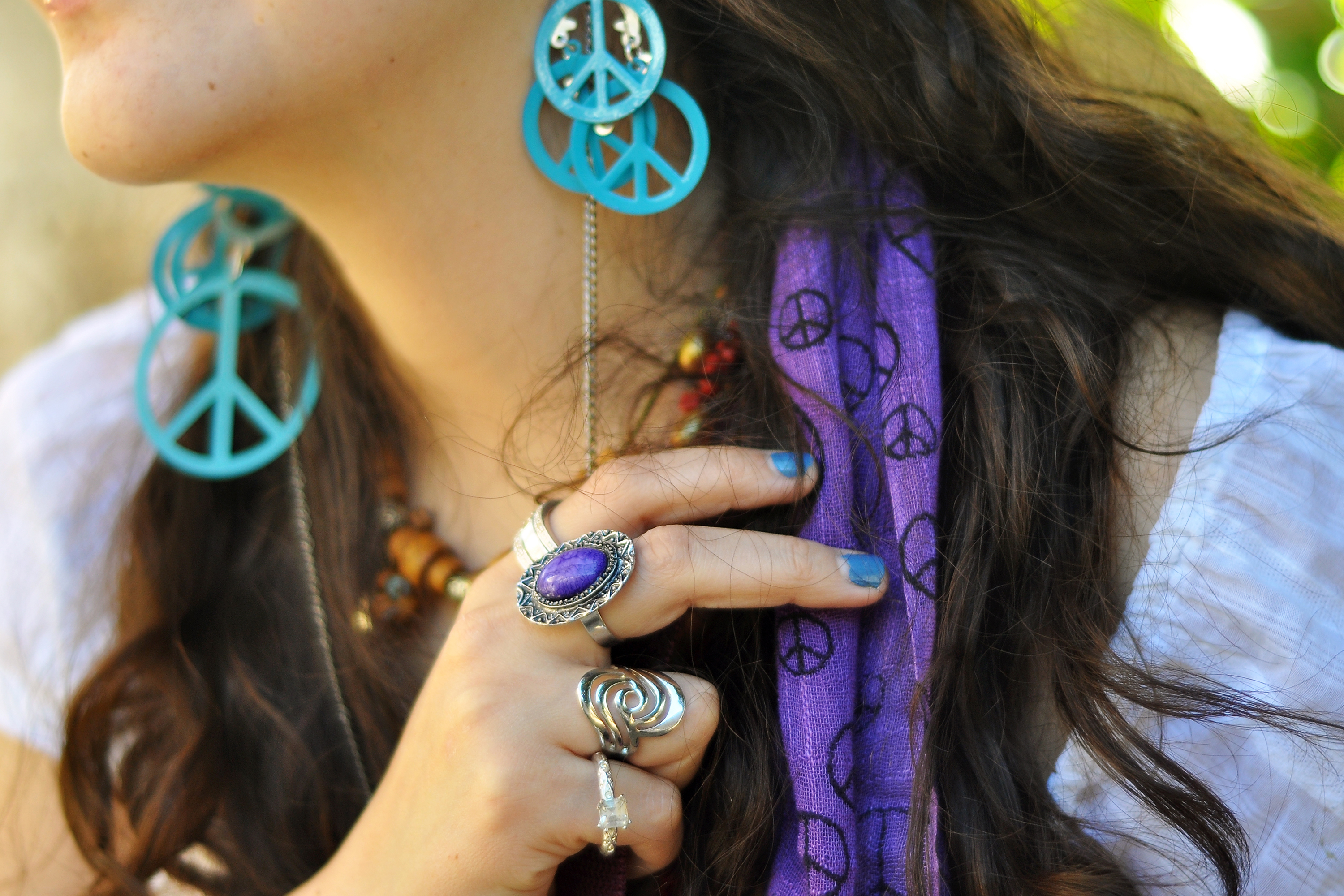 How to Look Like a Hippie | Our Everyday Life