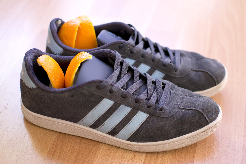 how to get rid of shoe odor livestrong com. Black Bedroom Furniture Sets. Home Design Ideas