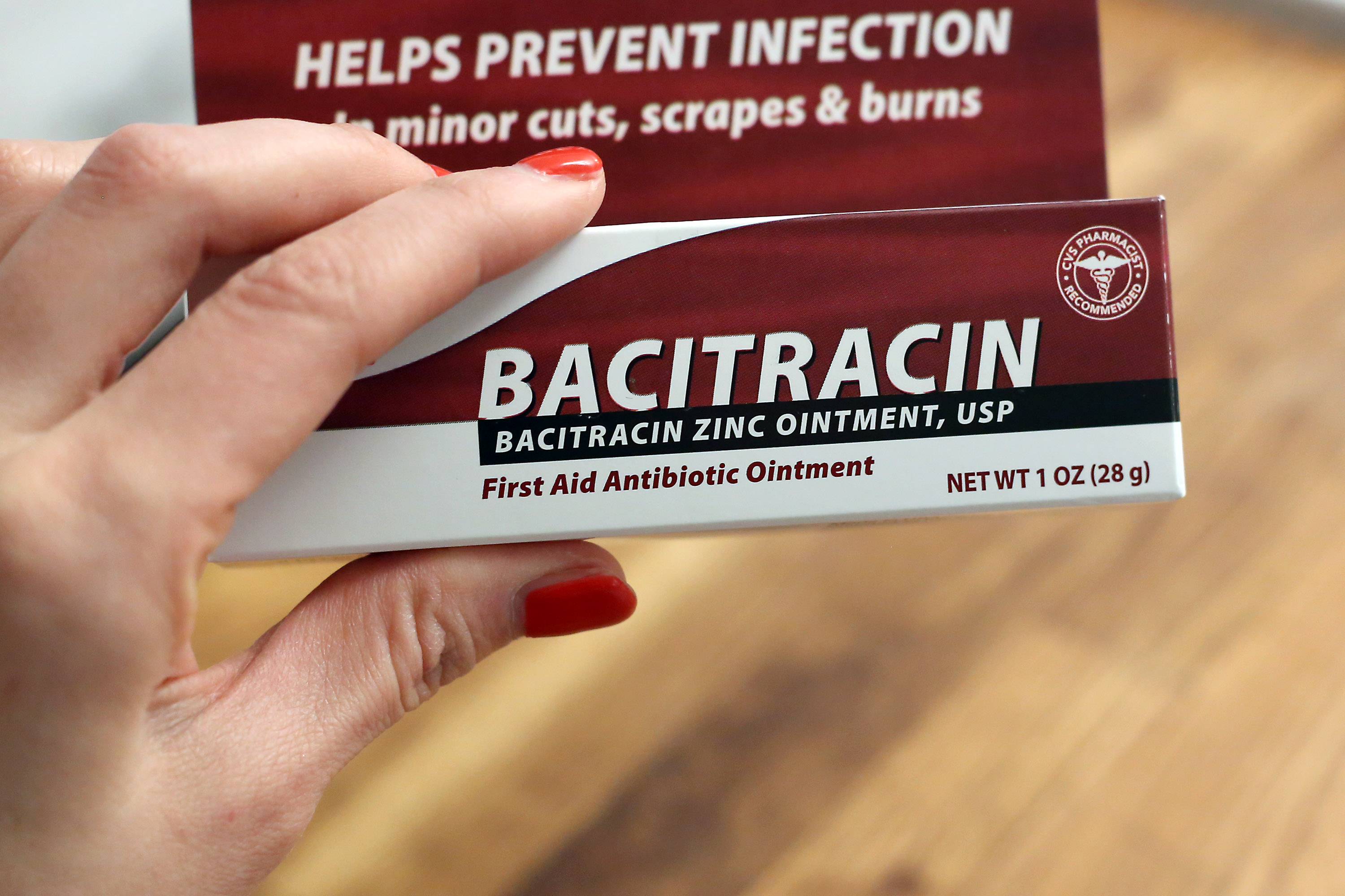 What Is Bacitracin Zinc Ointment? | Healthy Living