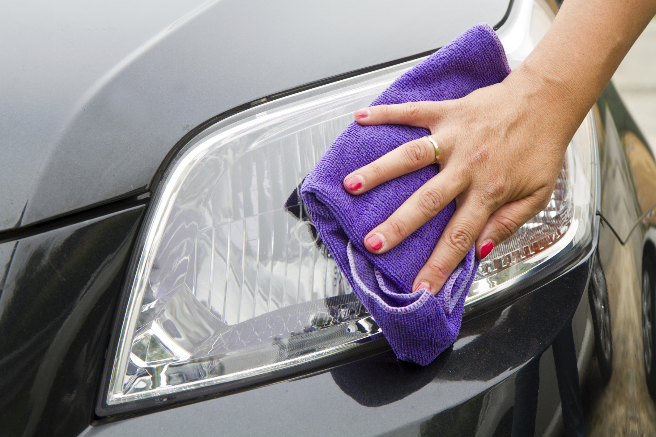 How to Remove Clear Coat From Headlights | It Still Runs