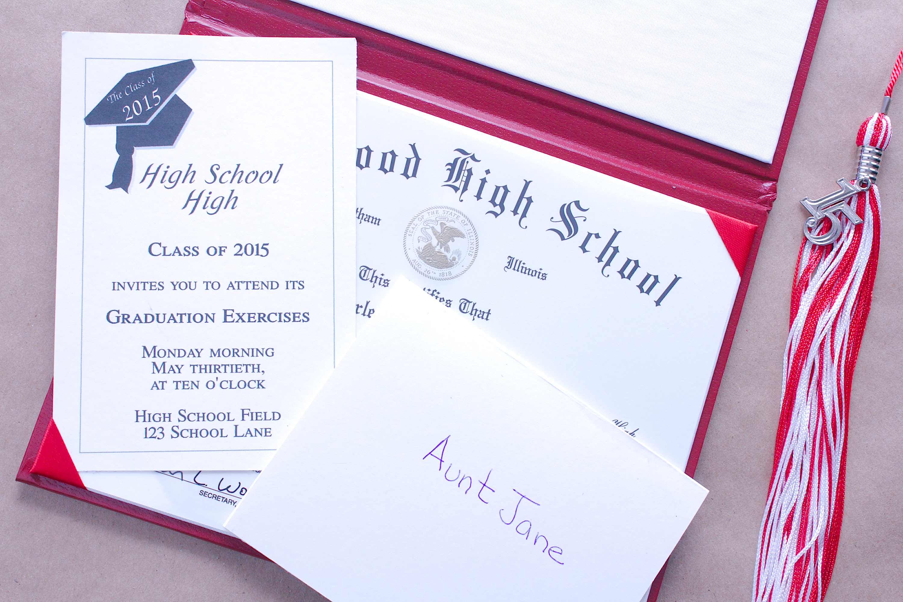how to put together graduation announcements synonym
