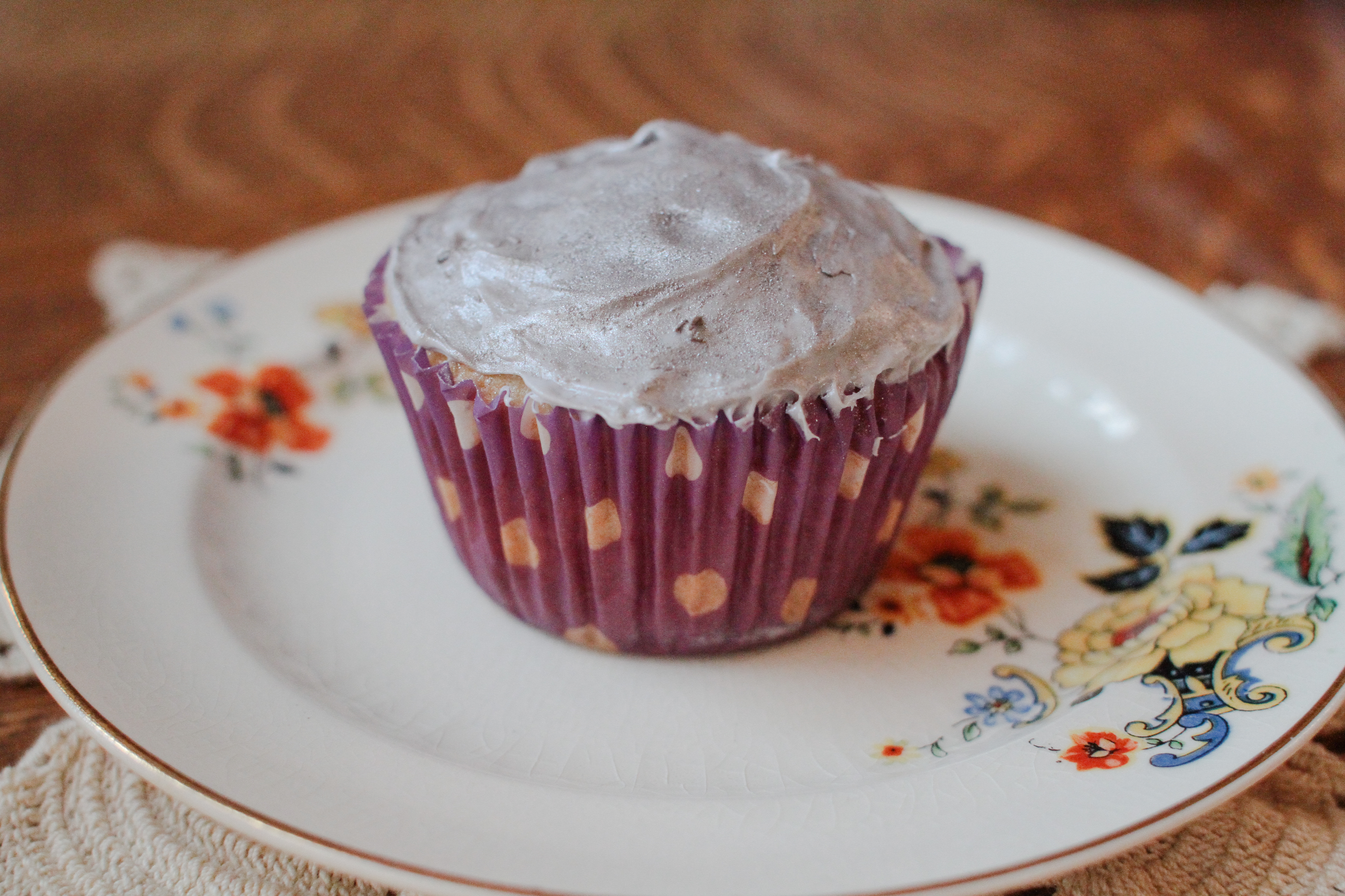 How to Make Gold Icing   LEAFtv