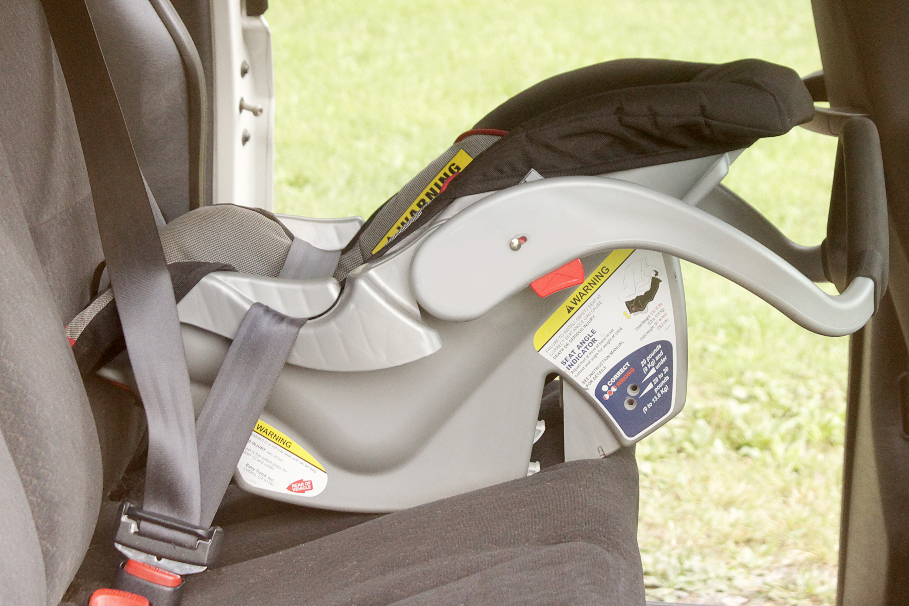 How To Put The Straps Back Together In A Graco Infant Car Seat How