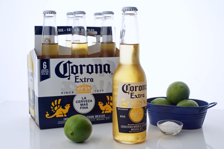 How To Properly Salt Lime A Corona Ehow