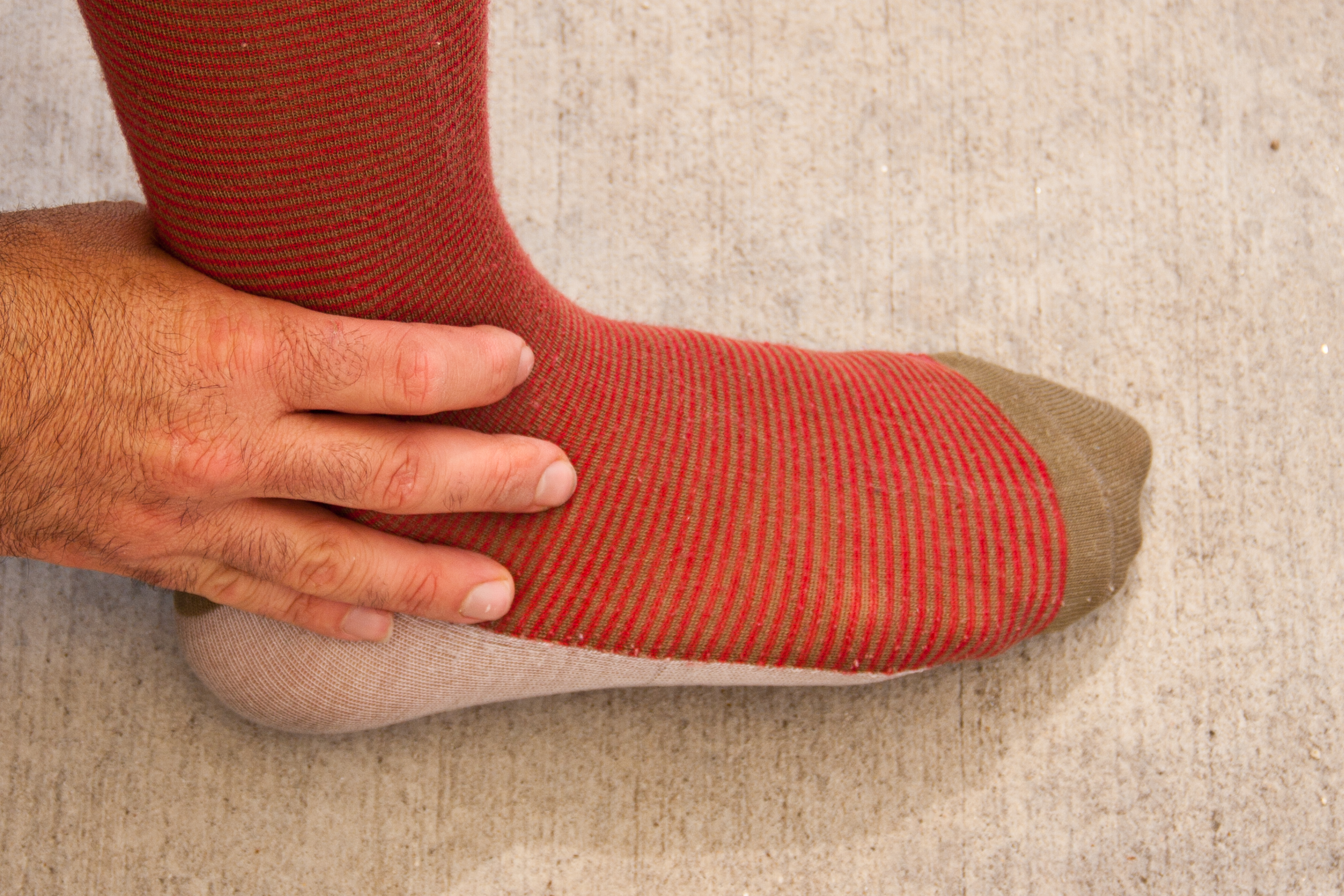 How to Treat Leg Weakness With Natural Medicine | LEAFtv